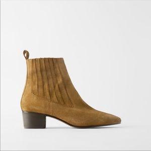 NWT Zara Mid Heel Cowboy Ankle Boots